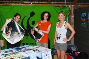 Η Beatriz και η Zoe σε εκδήλωση στο φεστιβάλ του Άρδα